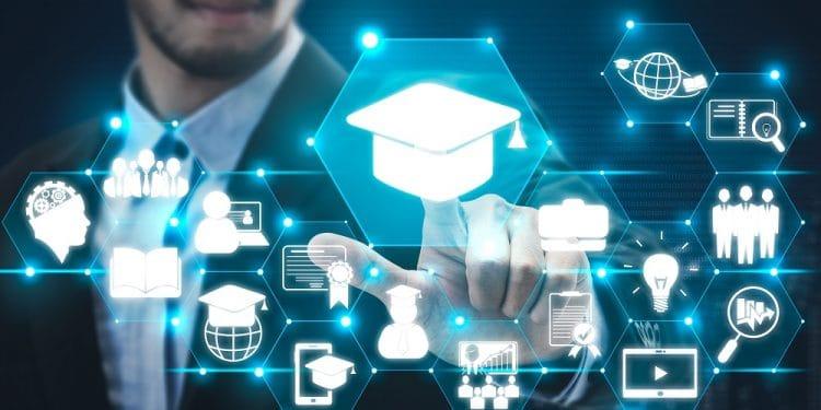 Validar títulos con una blockchain, nuevo estándar para 3 universidades deEspaña